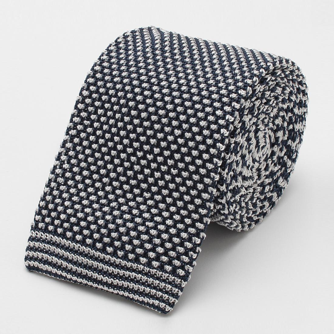 Barneys New York Silk Pattern Knit Tie 2004632: Navy